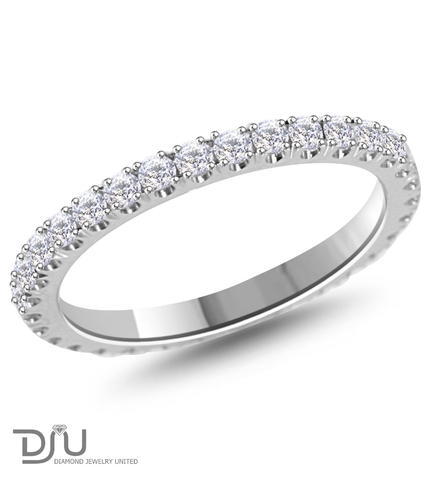 0.66 ct D/VS2 Round Diamond Eternity Ring 18 k w gold